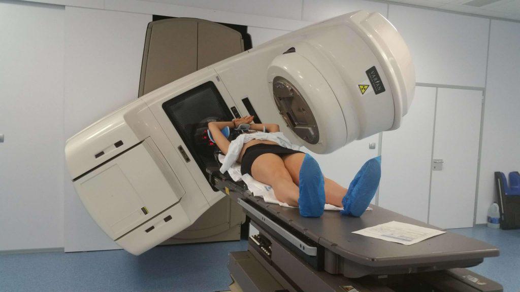 máquina radioterapia