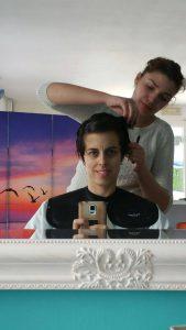 Corte de pelo después de 8 meses del fin de quimio y tinte orgánico