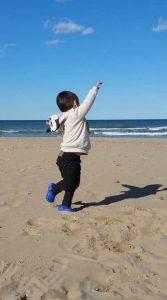 Millán en la playa